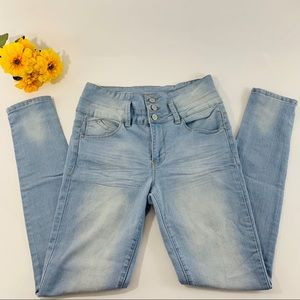 YMI High Rise Jeans Size 7